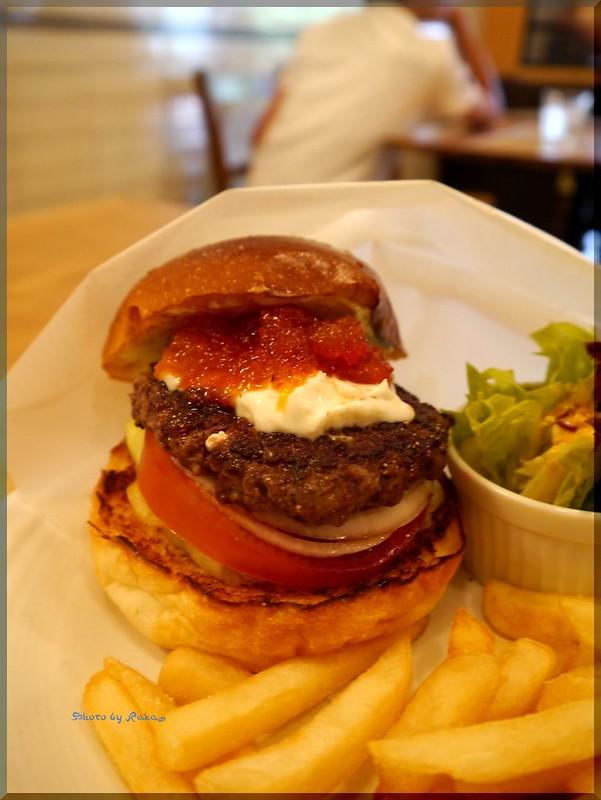 Photo:2012-06-10_ハンバーガーログブック_【広尾】BurgerManiaHiroo 昼ビーからのマンスリー-03 By:logtaka