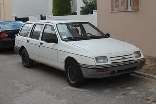 1982-83 Ford Sierra Base estate (abandoned?!)