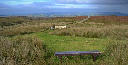 bench gate track hills fermanagh cuilcagh belmoremountain