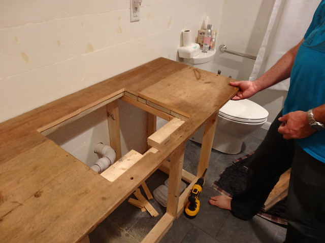 building the barn board vanity