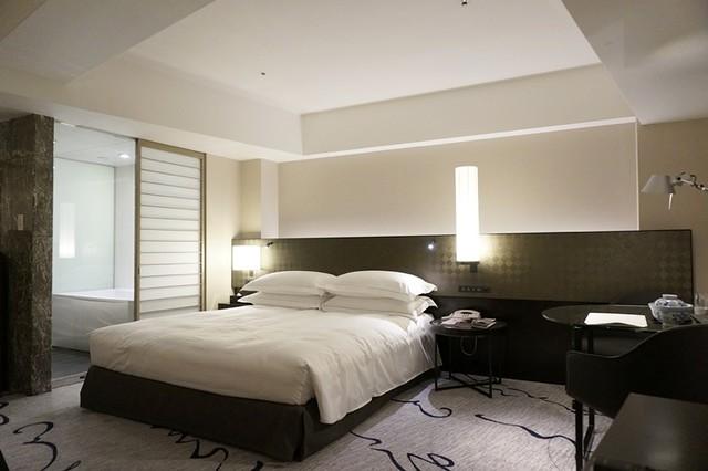 junior suite - hilton tokyo - hiltonhoteldeals (33)