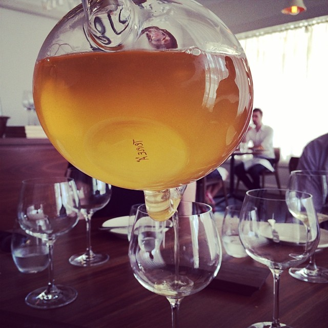 Orange wine @sixpenny_au. Loving the decanter and guess who's peeping from across? I can get used to long Saturday lunches. #saturday #jeroxieeats #orangewine