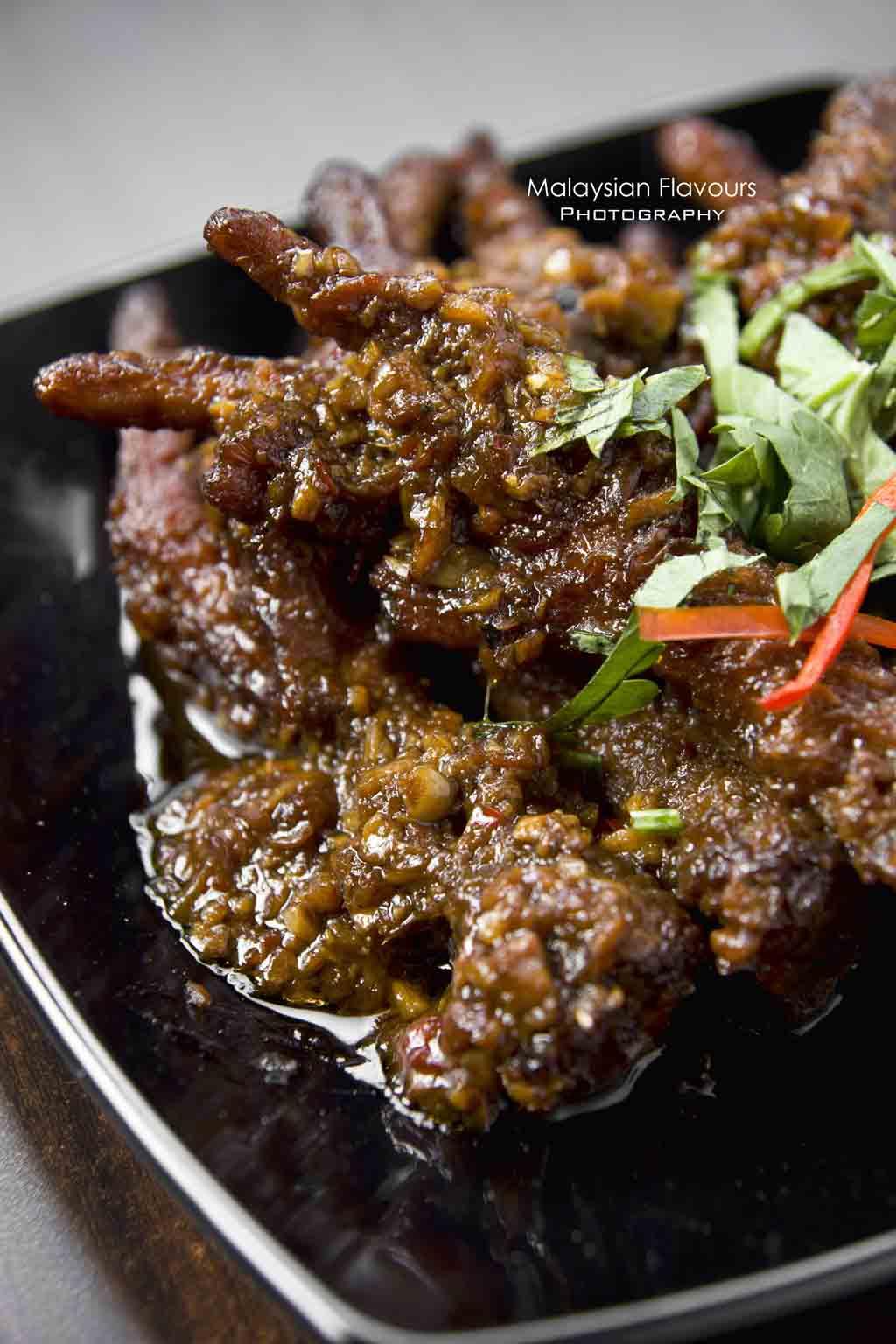 steamed-chicken-feet-in-black-bean-sauce