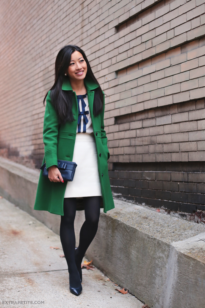 Green lady day coat and navy bows | Extra Petite | Bloglovin'
