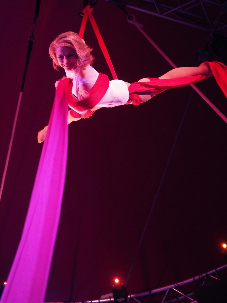 Cirque Imagine - C'est beau 11465172503_d73d76d2d5_b