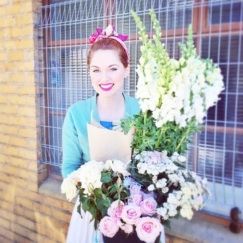 flowershugs