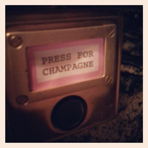 Bob-bob-ricard-champagne