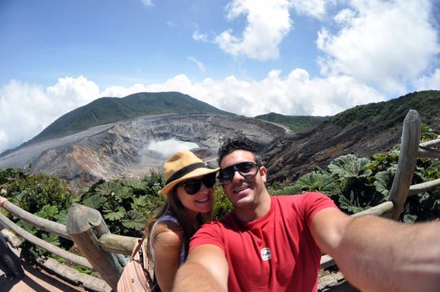En el punto más alto del volcán poás en costa rica volcán poás - 12157125633 d128ea0ccd z - Volcán Poás en Costa Rica