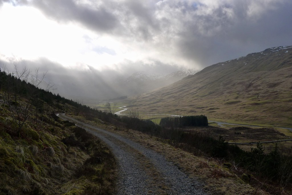 Rays over Glen Lochay