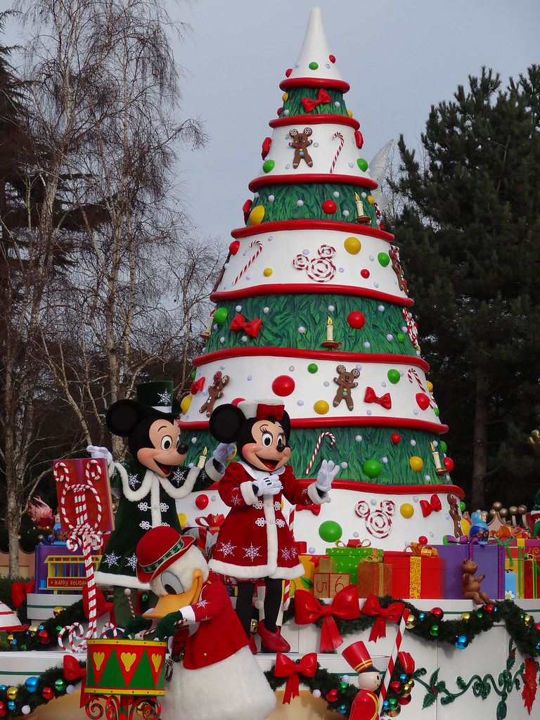 Un séjour pour la Noël à Disneyland et au Royaume d'Arendelle.... - Page 3 13669356233_6b24987a6c_b