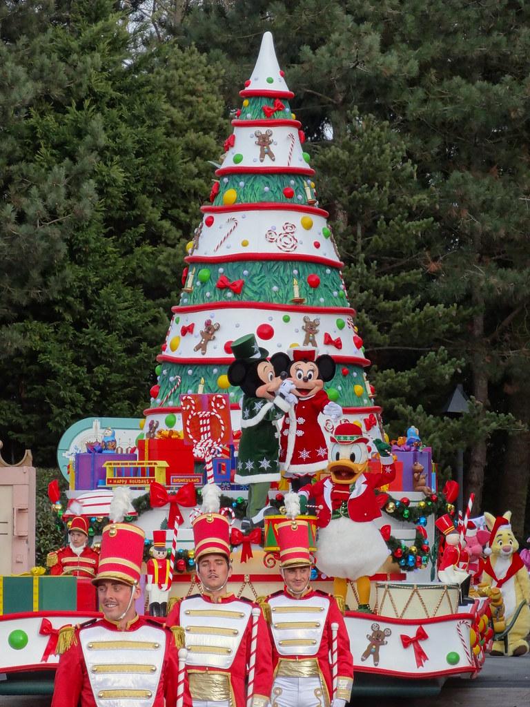 Un séjour pour la Noël à Disneyland et au Royaume d'Arendelle.... - Page 3 13669370783_3f8b8b5d06_b
