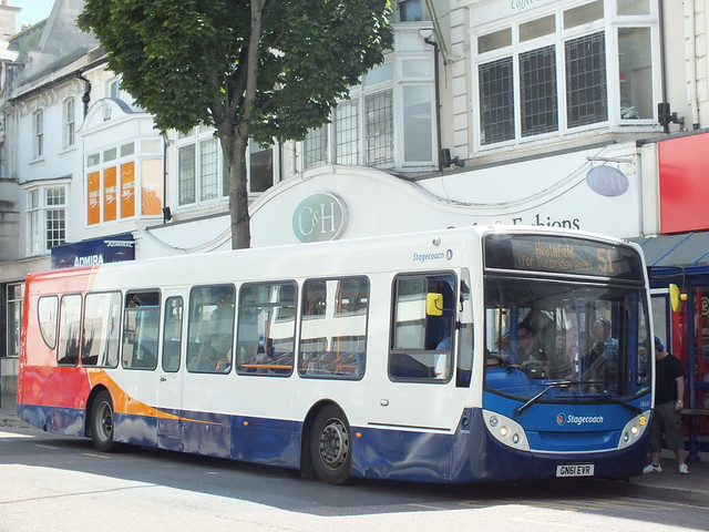 Stagecoach in Eastbourne, 28610, Fujifilm FinePix HS33EXR