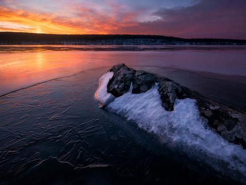 tranquil sunrise calm serene cloudy water quiet skylike still laketiorati harrimanstatepark sevenlakesdrive sky winter peaceful ice lake hudsonvalley