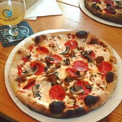 shut your pie hole! #killertomato #foodtruck #woodfired #neapolitan #pizza @killertpizza @oldoxbrewery