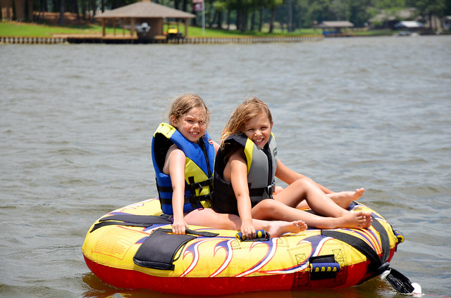 halie and aves on tube