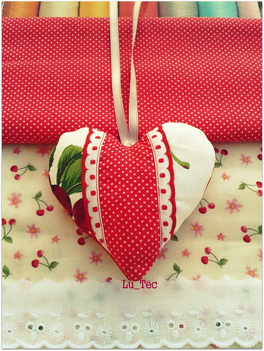 coração cerejas by Lu_Tec