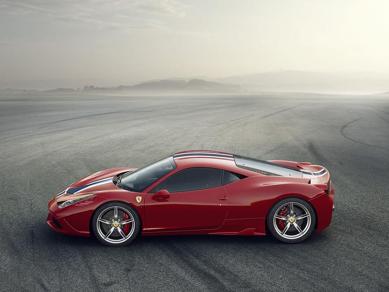 310802_Ferrari 458 Speciale LateraleA4