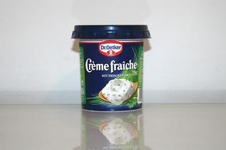 08 - Zutat Creme fraiche mit Kräutern / Ingredient creme fraiche with herbs