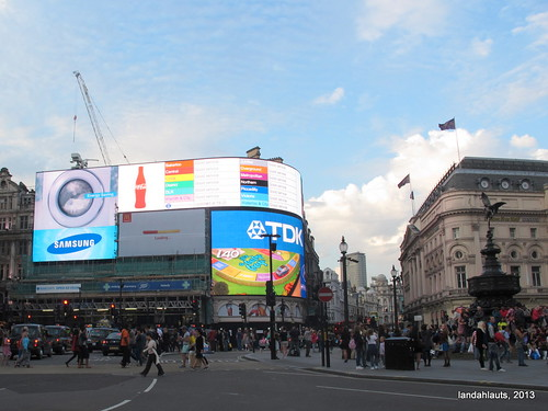 Piccadilly Circus with the Statue of Eros by Landahlauts on Flickr.  Used through Creative Commons.