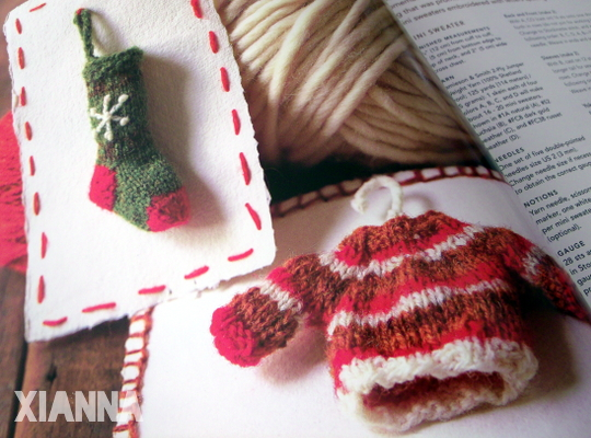 Last-minute knitted gifts - christmas ornaments
