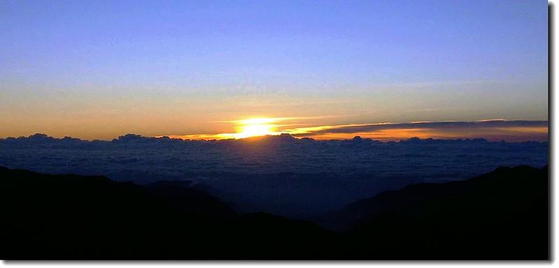 日出(玉山主峰) 2