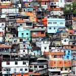 Favela do Prazeres by dany13