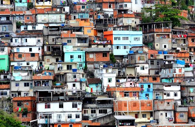 IMG_6775/Brazil/Rio De Janeiro/Favéla des Plaisirs/Favéla Do Prazères/Empilement/Stacking