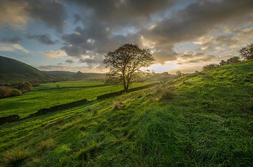 autumn sunrise peakdistrict staffordshire peakdistrictnationalpark hollinsclough chromehill parkhousehill riverdove reefknoll walkinginstaffordshire