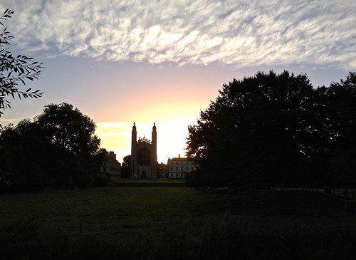 cameraphone cambridge sunlight tree college apple sunrise dawn october bright smartphone kings kingscollege 2013 iphone5