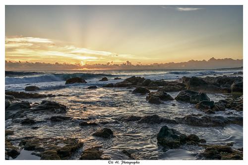 sunset sea seascape landscape soleil indianocean du hdr réunion sunray rayons reunionisland océanindien îledelaréunion 1018mm plagedegrandeanse sonynex6