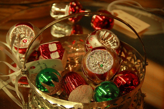 Old-Fashioned Christmas Ornaments   Flickr - Photo Sharing!