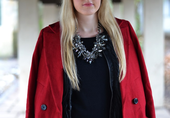 Outfit roter Mantel Asos (4)