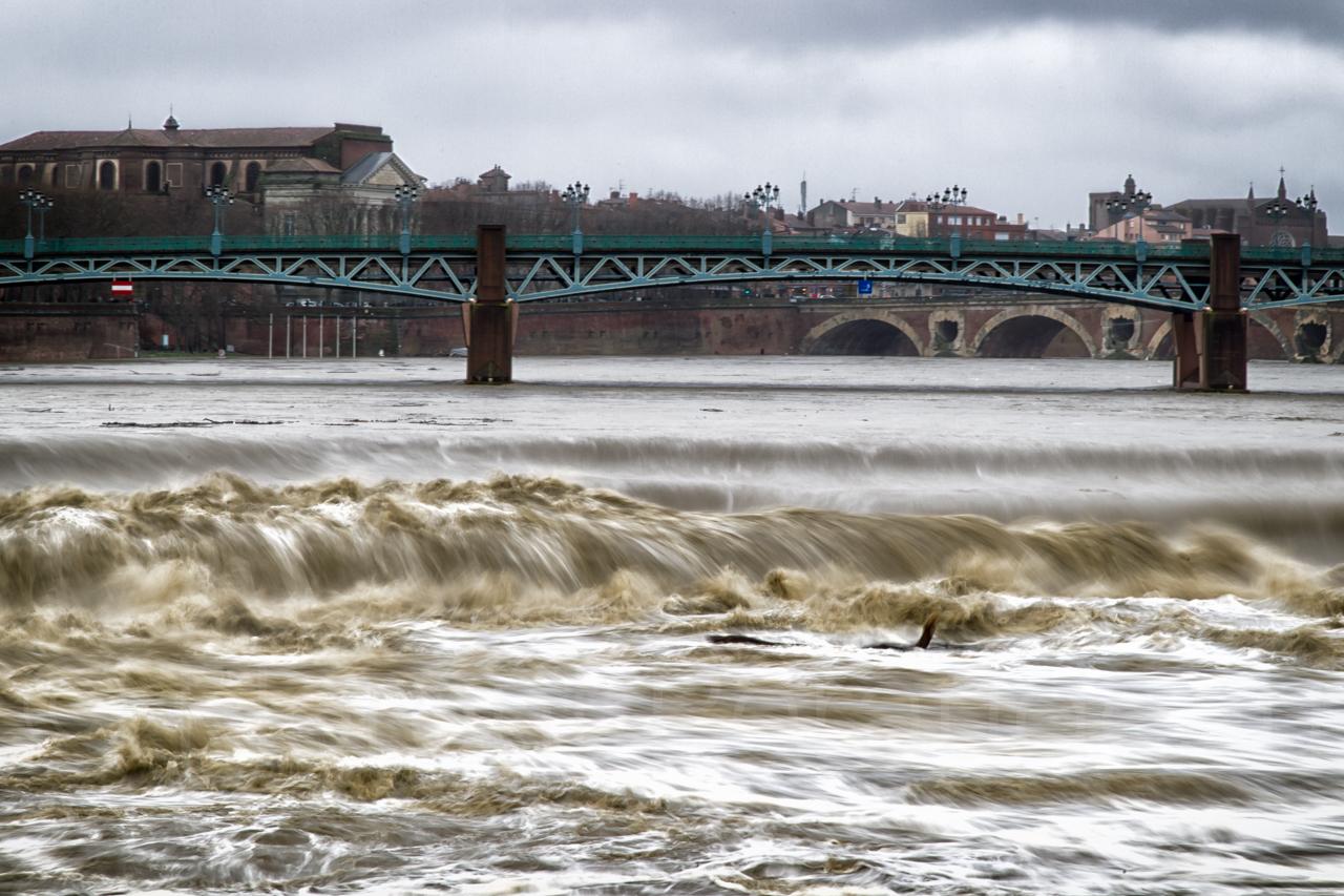 la Garonne en crue, 25 et 26 janvier 2014, Toulouse 12136827575_e3f871e087_o