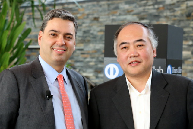 Eduardo Tobon (Diners Club President) and Ivan Li (Family Li Imperial Cuisine)