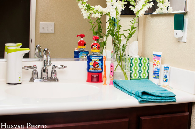 firefly kids toothbrushes review in_the_ know_mom