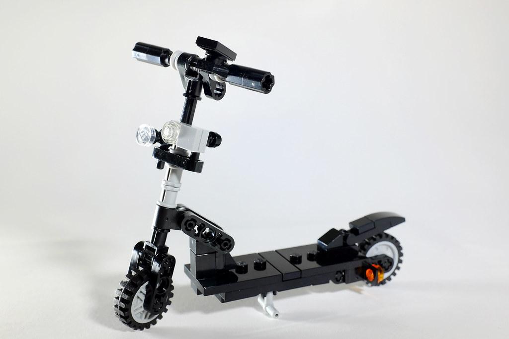 Zoom Air 2 E-Scooter (custom built Lego model)