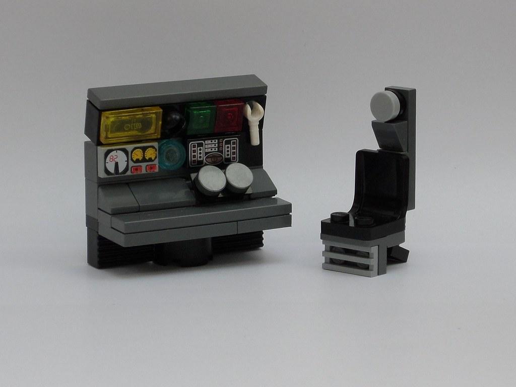 Millenium Falcon   Engineerin station (custom built Lego model)