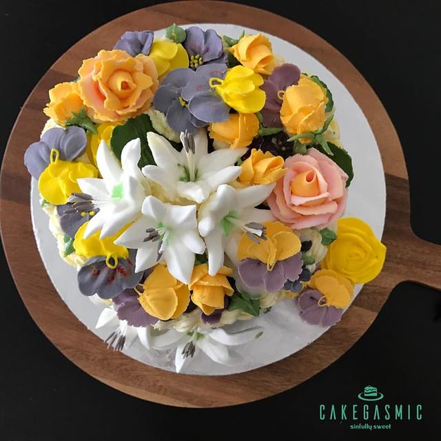 Cake by Madiha Zeeshan of Cakegasmic
