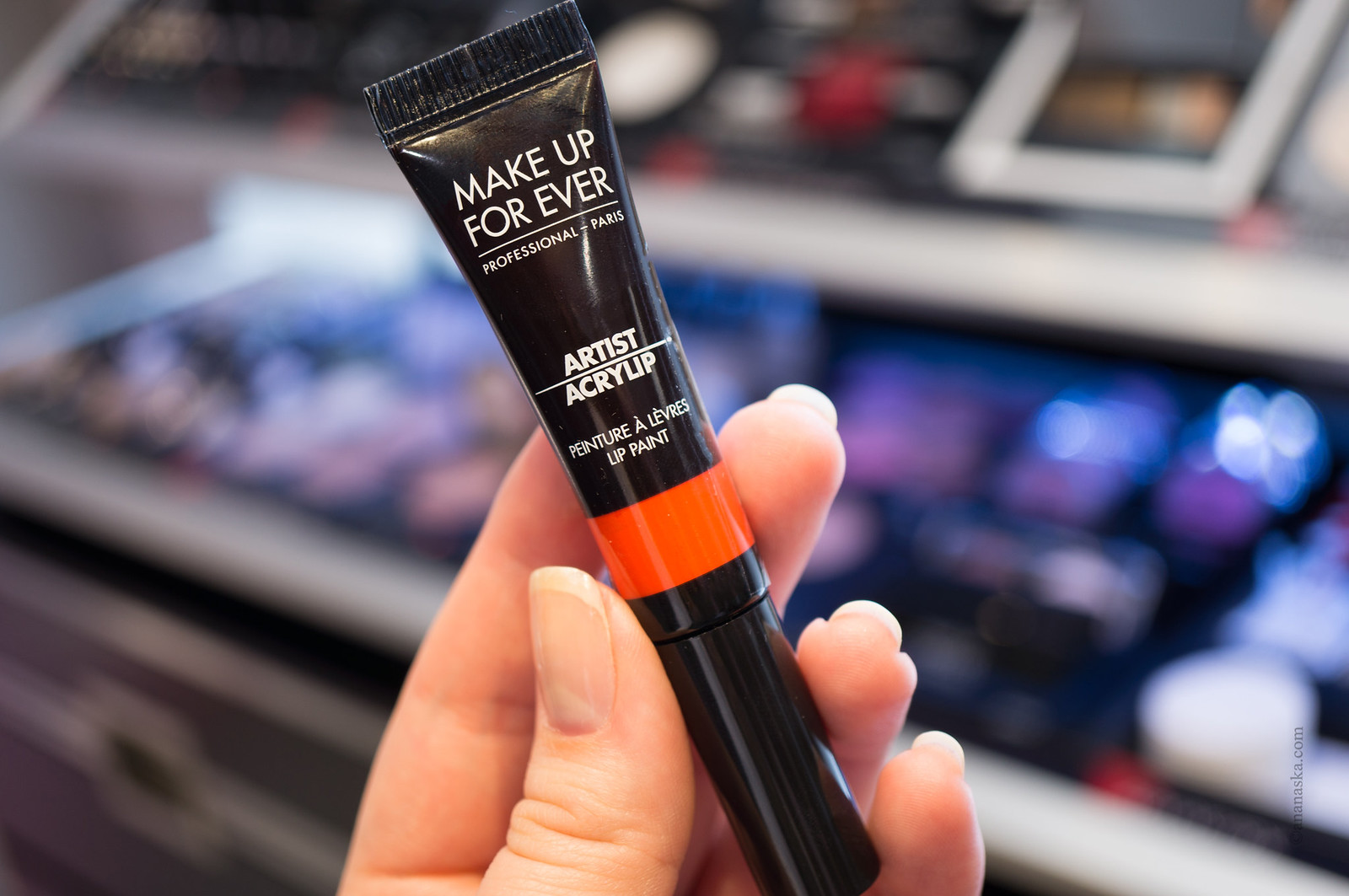 Make Up For Ever Artist Acrylip 300 Orange
