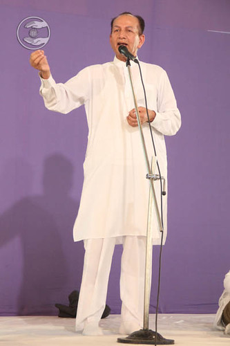 Devotee from Canada, S.P. Mehta, expresses his views