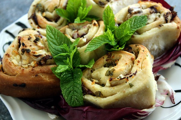Cheesy Garlic Rolls with Radicchio & Mint