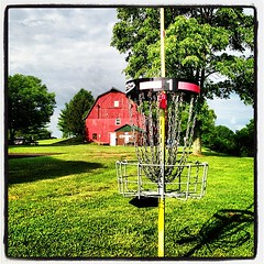 #1BlackCourse #DiscGolf #Barn