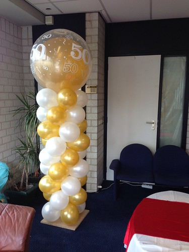 Ballonpilaar Breed Rond Goud  Wit 50 Jaar Abraham Sarah