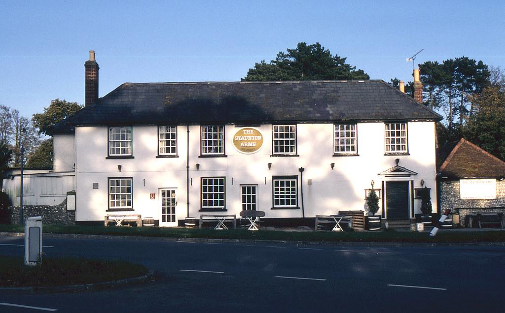 Hotels Near Rowlands Castle