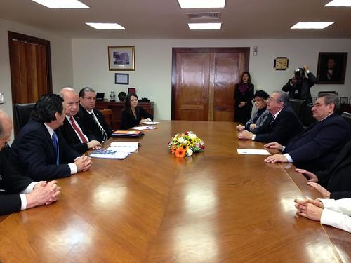 Secretario General de la OEA fue recibido por el Presidente de la Corte Suprema de Justicia de Paraguay