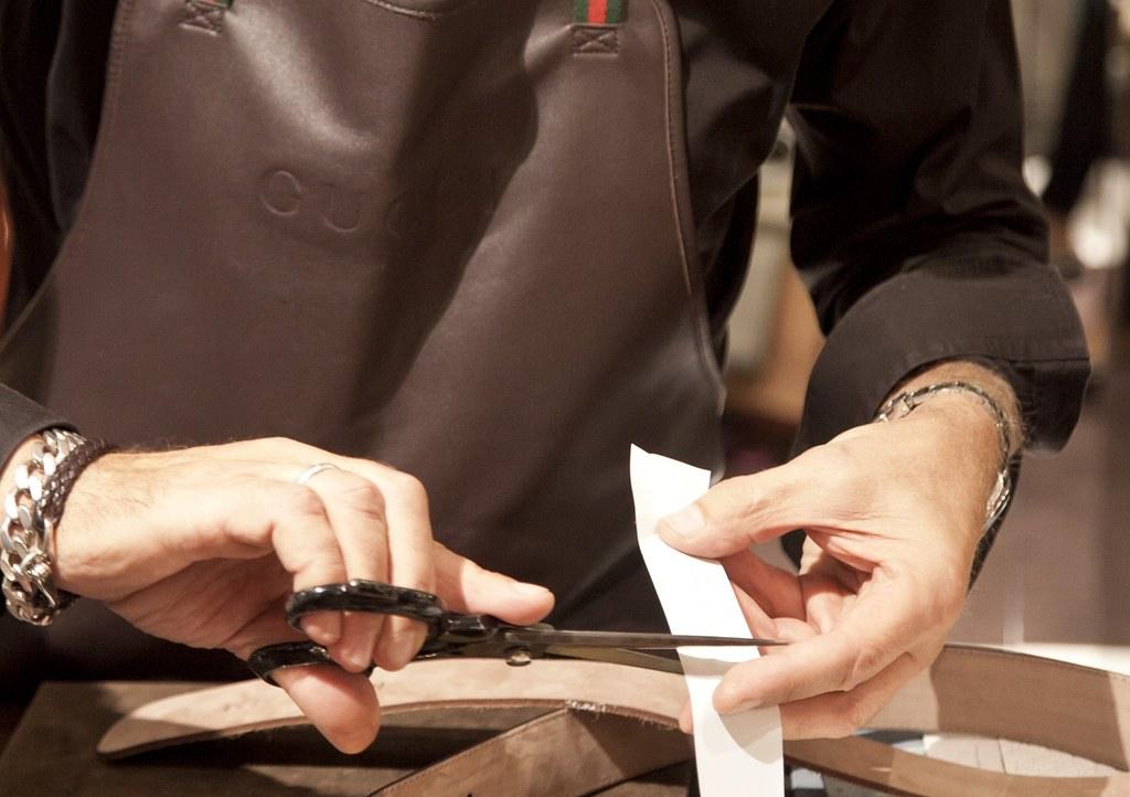 Gucci 22.10 -® P&G AKM 184