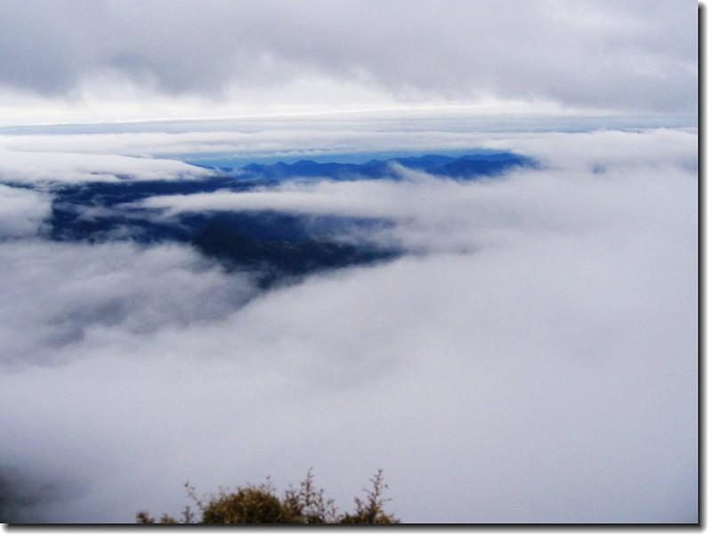 塔關山雲海 2