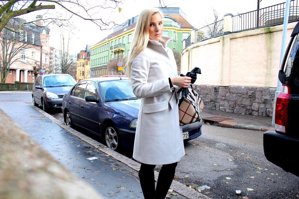 Myydään Burberry Laukku : Burberry laukku stockmann t?m?n naisen intuitio