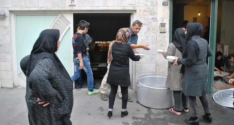 176 Ashura Tashoa, dia 02, repartiendo comida en Teheran (8)