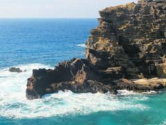 cape, sea, ocean, bay, body of water, formation, wind wave, promontory, wave, shore, terrain, coast, rock, cliff,